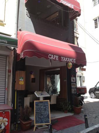 Yakamoz Cafe