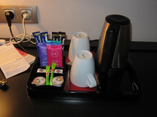 Hotel Hor : Table avec café et thé
