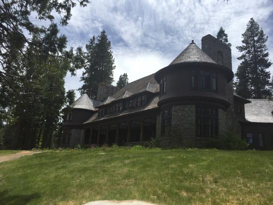 ‪Hellman-Ehrman Mansion‬