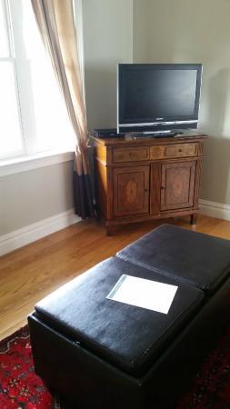 Pelham Court Hotel : Living room