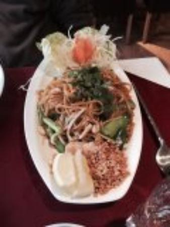 Pad thai picture of lao thai restaurant cheddar for Ano thai lao cuisine