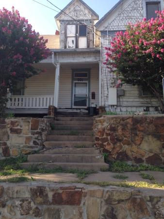 Mineral Wells, TX: Front view of the Hill House