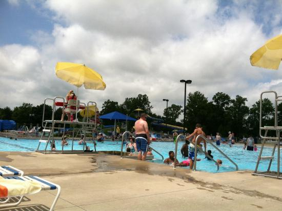 Champaign, IL: Sholem Aquatic Center