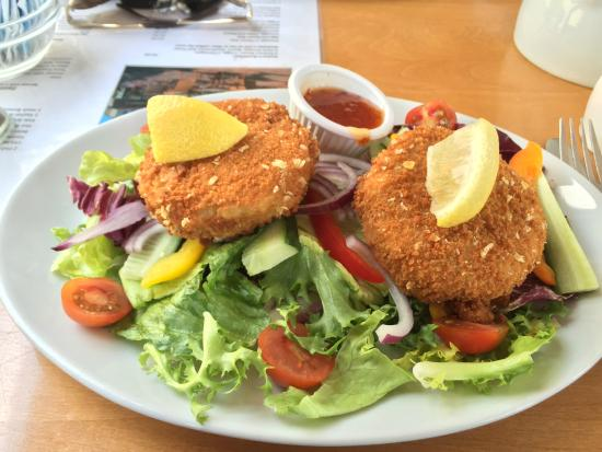 Railway Carriage Cafe: Fish cakes