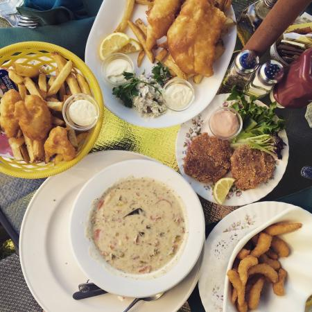 Fish Tales Cafe: photo0.jpg