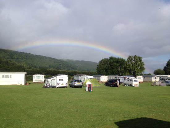Porlock Caravan and Camping Park: They even provided a rainbow !!