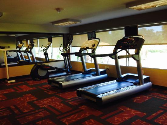Courtyard by Marriott Los Angeles Woodland Hills: The gym