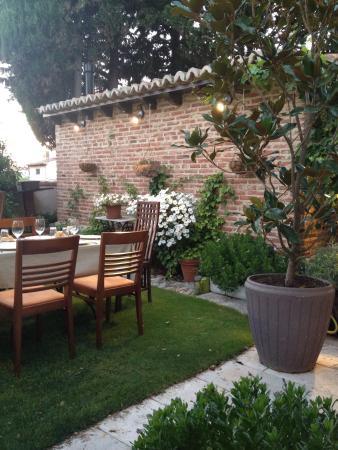 Terraza Picture Of Restaurante Casa Del Arte Simancas