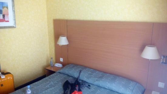 Hotel Lautrec Opera: dormitorio