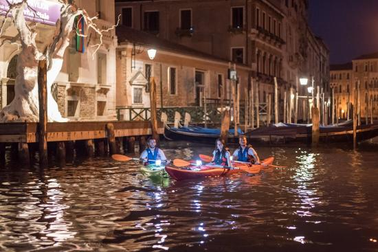 ‪Real Venetian Kayak‬