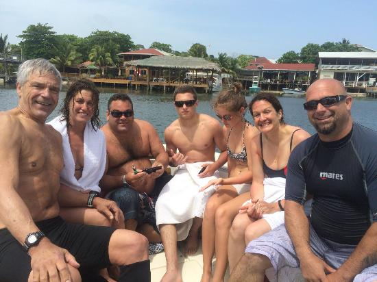 West End, Honduras: We all had a incredible experience! Thanks to Quality Time Divers!