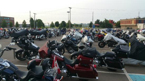 Delta Beausejour Hotel: Allocated Parking for Motorcycles