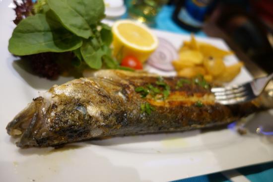 Marvista Restaurant: Whole fish