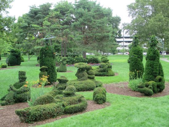 Columbus Ohio Picture Of Topiary Garden Columbus