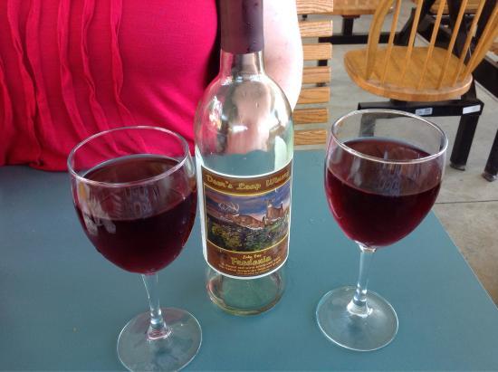 Deer's Leap Winery: photo1.jpg