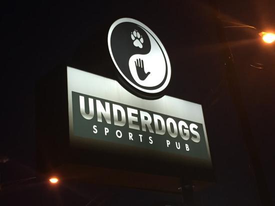Underdogs Sports Pub