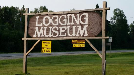 Newberry, MI: Tahquamenon Logging Museum