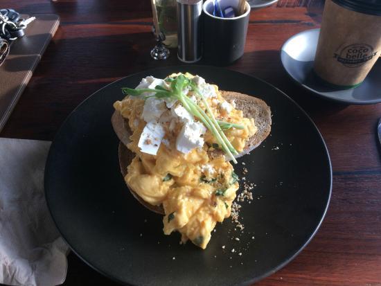 Mount Pleasant, Australia: Feta scrambled eggs