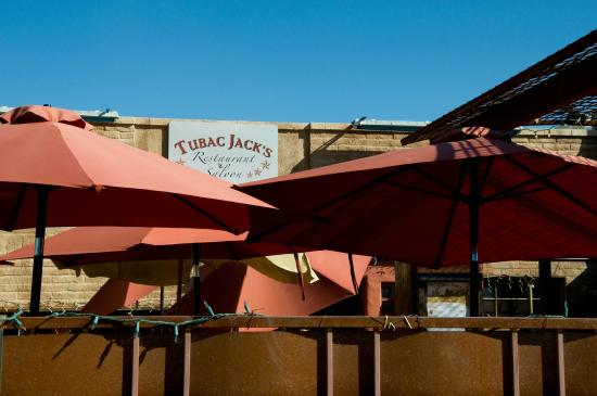 The outdoor patio at Tubac Jacks