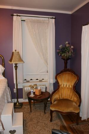 Heritage Inn Bed and Breakfast: Excellent room