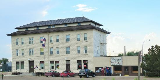 Medicine Bow, WY: The Virginian Hotel and Restaurant