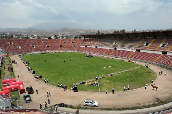 ‪Estadio Monumental Virgen de Chapi‬