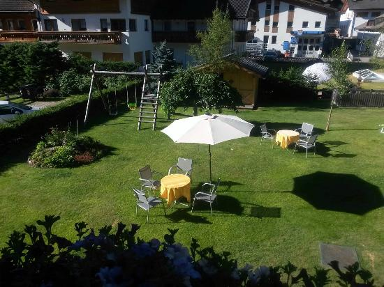 Hotel Jagdhof: Giardino relax