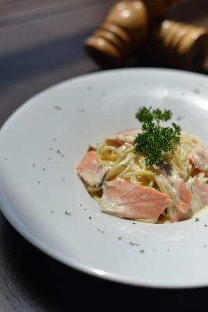 Spago': Spaghetti fresh Salmon