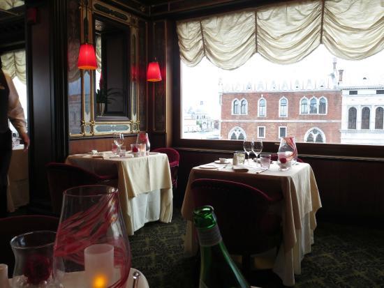 Inside the restaurant - Foto di Restaurant Terrazza Danieli, Venezia ...