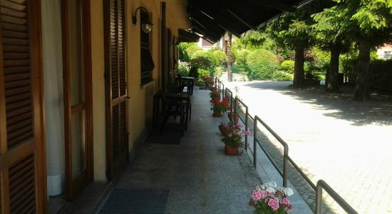 Hotel Ristorante Volta: Parcheggio