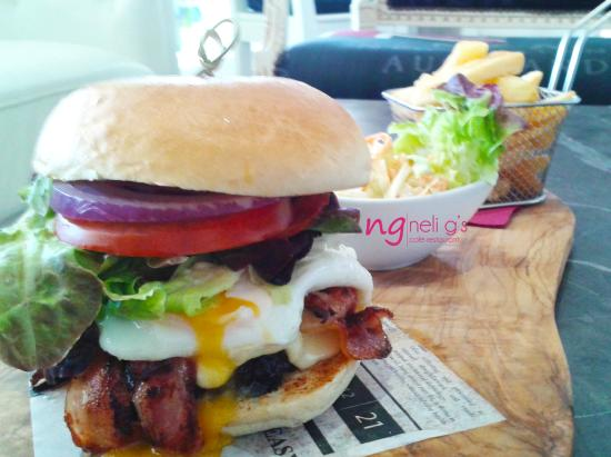 Neli G S Ng Burger With A Homemade Beef Burger And Served With Chips