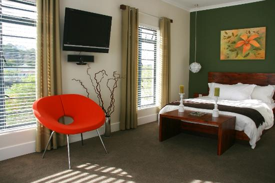 MyPond Hotel: River Suite