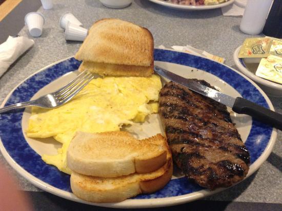 Eat'n Park: steak eggs and sour dough toast