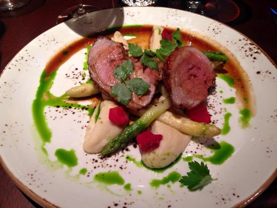 KOLLAZS - Brasserie & Bar: Lamb - mmmmmmm