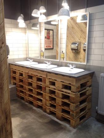 Creative Use Of Pallets In The Gents Picture Of Gas Street Social