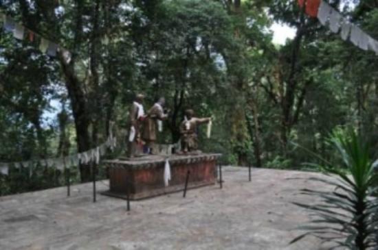Kabi Lungchok: Scene