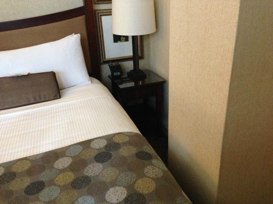 Royal Sonesta Chicago Riverfront: Un-Accessible Bed (on right) in Suite 1604