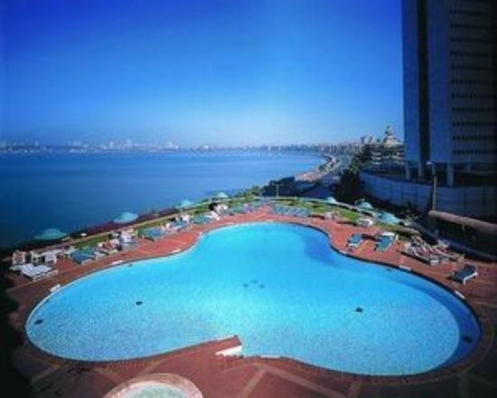 Trident Nariman Point Swimming Pool