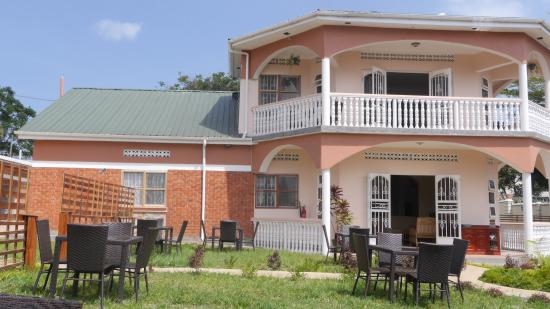 La Feve Bed and Breakfast