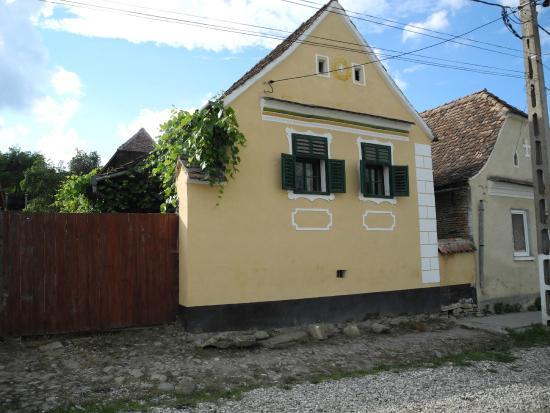 Crit, โรมาเนีย: Exterior