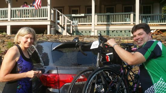 "Cobble House Inn Bed and Breakfast: Preparing their bicyces for the ""Farm to Fork Fondo."""