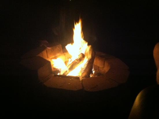 Point Sebago: Last nite stay fire