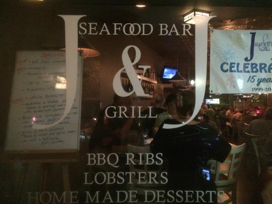 J&J Seafood Bar and Grill: J and J Seafood