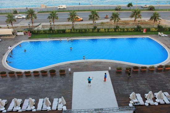 Crowne Plaza Hotel Antalya: swimming pool