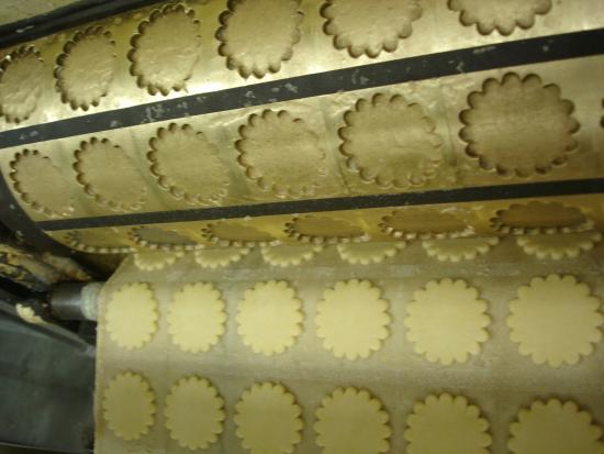 Plogoff, France: de bons biscuits au beurre de baratte comme autrefois...