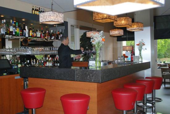 Fletcher Hotel-Restaurant Apeldoorn : Bar