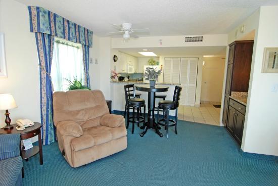 Ordinaire Bay Watch Resort U0026 Conference Center: Living Room Recliner In 1 Bedroom We  Rented