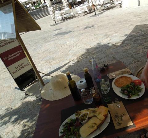 Can Olesa: Me gusta la tortilla española ... hmmmmm :-)