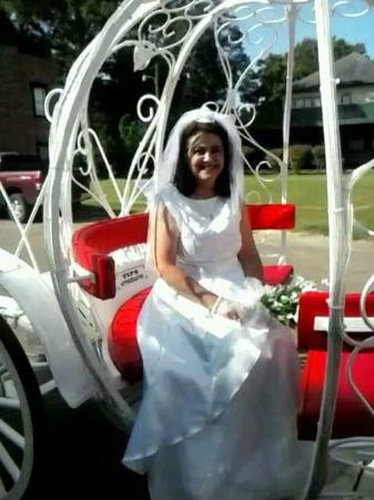 Lone Star Carriage Company: Cinderella carriage ride