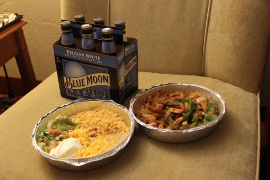 Sophie's Mexican Kitchen : Burrito